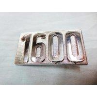 1600 エンブレム
